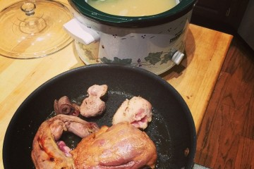 Easy Overnight Turkey or Chicken Stock